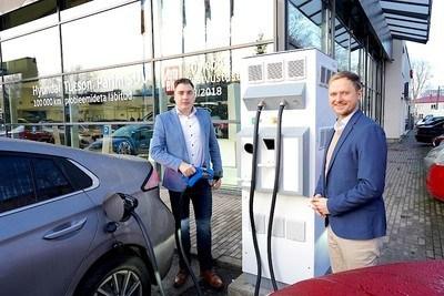 Topauto avas Tallinna esimese avaliku uut tüüpi elektriautode kiirlaadimispunkti