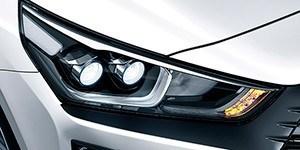 Hyundai Ioniq LED-esituled.
