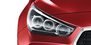 Hyundai i30 Wagon täis-LED-esituled.